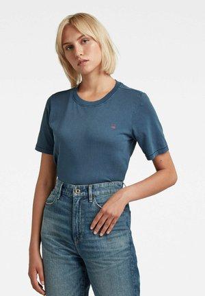 REGULAR FIT OVERDYED - T-shirt basique - luna blue gd
