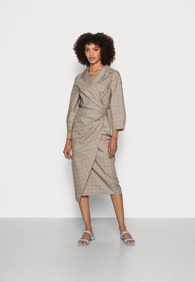 GITTA WRAP DRESS - Day dress - beige check