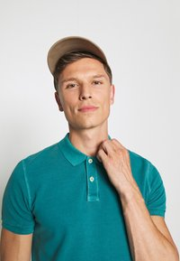 Marc O'Polo - SHORT SLEEVE BUTTON PLACKET COLLAR AND CUFF - Polo shirt - alpine teal - 3