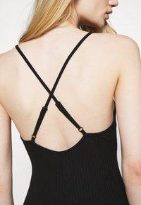 Fashion Union - CRAWFORD DRESS - Žerzejové šaty - black - 5