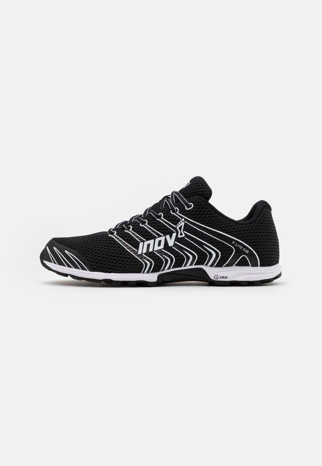 F-LITE G 230 - Chaussures d'entraînement et de fitness - black/white