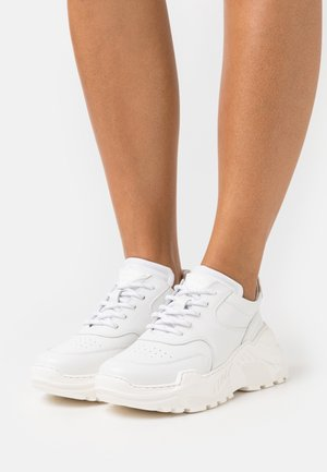 SPRINT - Trainers - white
