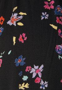 PIECES Tall - PCLALA WIDE PANTS - Pantaloni - black - 2