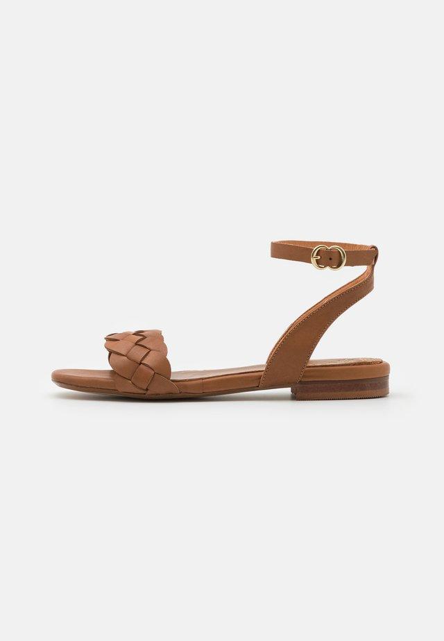 Sandály - alfa/tabaco