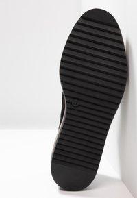 Anna Field Select - LEATHER SLIP-ONS - Scarpe senza lacci - black - 6