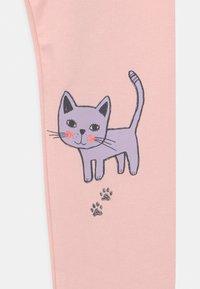 Lindex - MINI CAT PRINT - Leggings - light dusty pink - 2