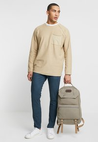Scotch & Soda - MOTT - Chino - steel - 1