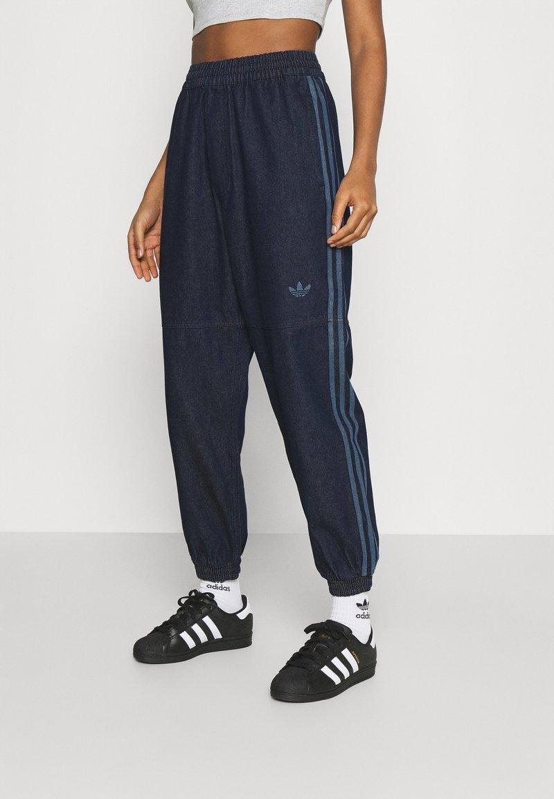 adidas Originals - JAPONA - Pantaloni sportivi - indigo