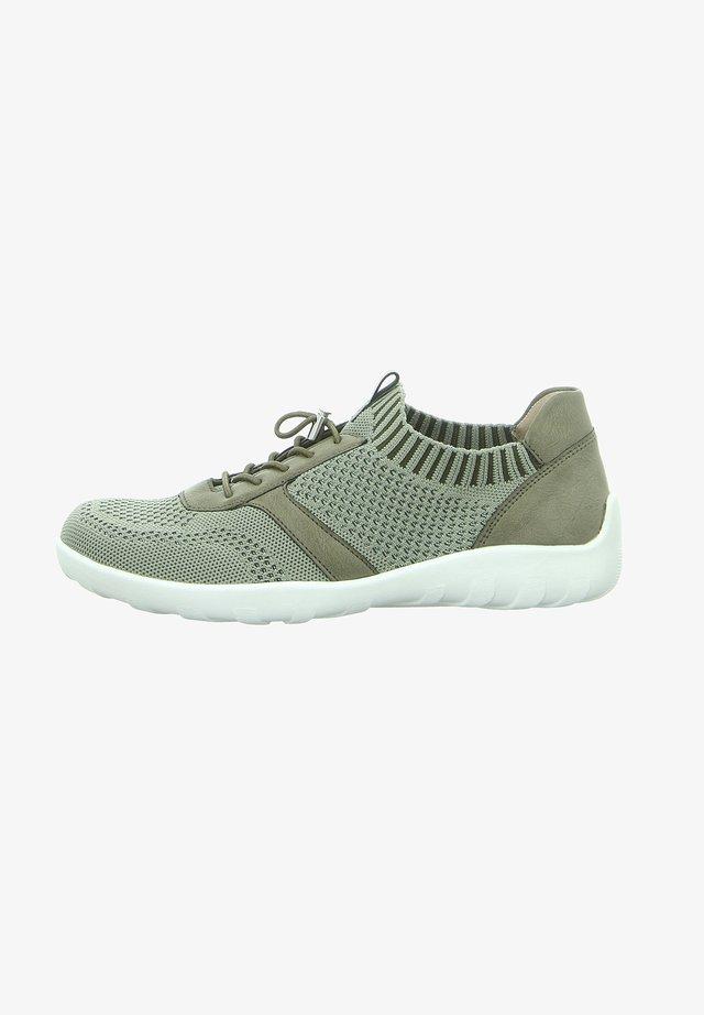 Sneakersy niskie - grün