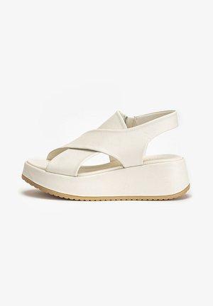 Platform sandals - crema cma