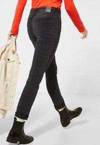Cecil - MIT FADED KAROMUSTER - Slim fit jeans - grau - 2