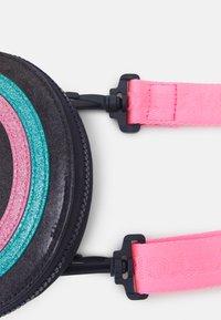 Tommy Hilfiger - MINI ME FUN BAG - Across body bag - pink - 3