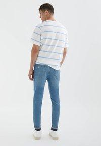 PULL&BEAR - Jeans slim fit - light blue - 2