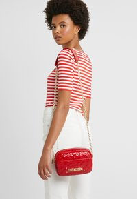 Love Moschino - Schoudertas - red - 1