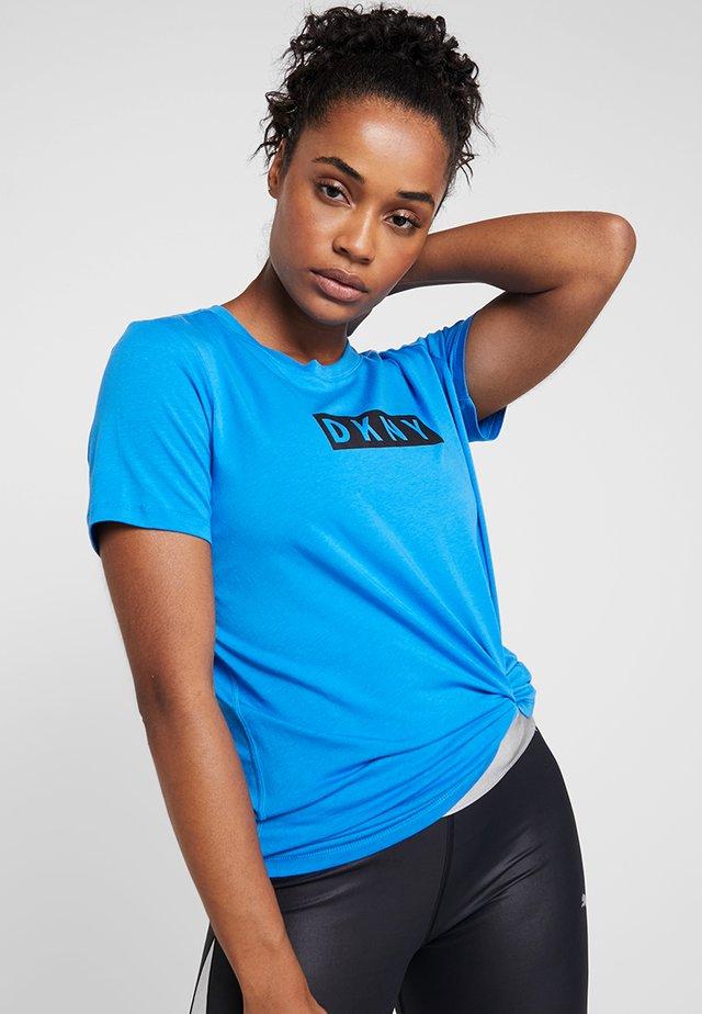 SHORT SLEEVE DROP OUT LOGO - Print T-shirt - riviera