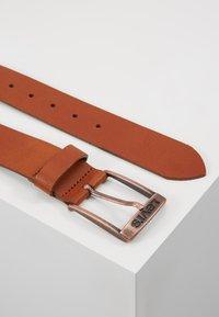 Levi's® - NEW DUNCAN - Pásek - medium brown - 2