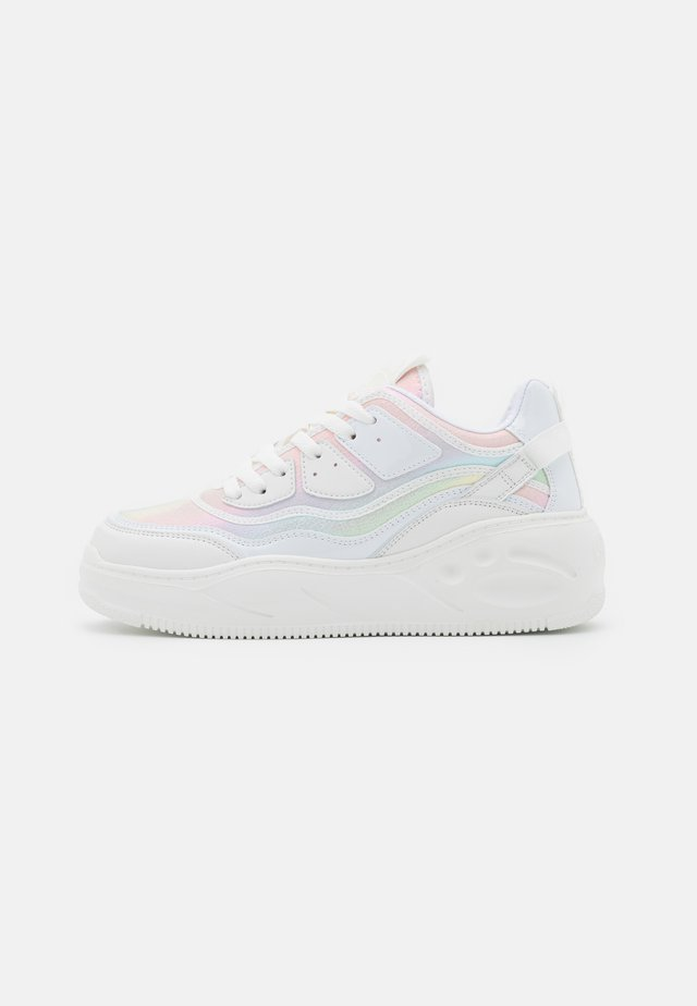VEGAN FLAT - Sneakers - white/mermaid