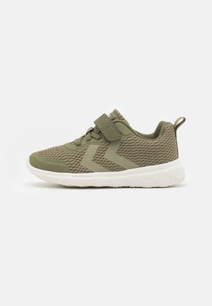 ACTUS JR UNISEX - Zapatillas - deep lichen green