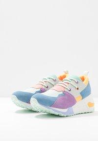 Steve Madden - CLIFF - Sneakers - blue/mint - 4