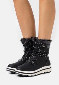 TOM TAILOR - Zimní obuv - black - 0