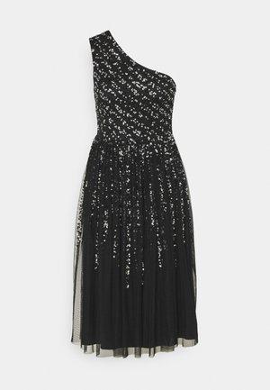 ONE SHOULDER EMBELLISHED MIDI DRESS - Sukienka koktajlowa - black