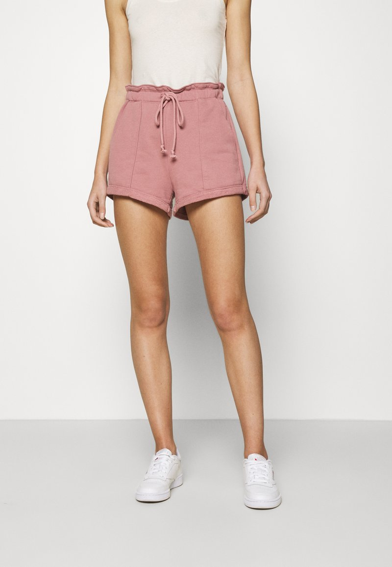 Abercrombie & Fitch - PAPERBAG SUM LEOPARD  - Shorts - rose
