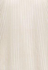 Cream - KATINKA BLOUSE - Print T-shirt - travertine/chalk - 2
