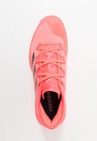 adidas Performance - ADIZERO FASTCOURT TOKYO - Zapatillas de balonmano - signal pink/core black/copper metallic - 1