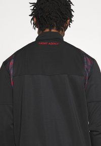 Night Addict - Zip-up hoodie - black/ red - 4