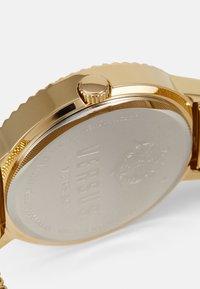 Versus Versace - MOUFFETARD - Zegarek - gold-coloured - 2
