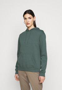 Even&Odd Tall - Hoodie - green - 0