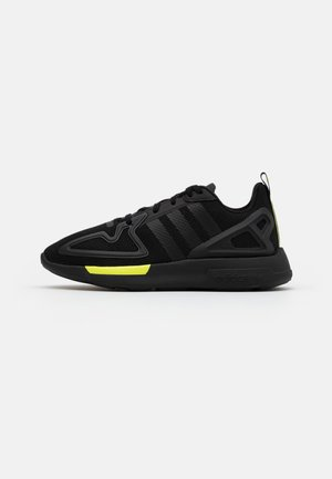 ZX 2K FLUX SPORTS INSPIRED SHOES UNISEX - Trainers - core black/solar yellow