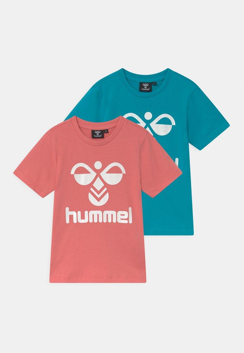 Hummel - TRE DOUBLE 2 PACK UNISEX - Print T-shirt - tea rose/capri breeze