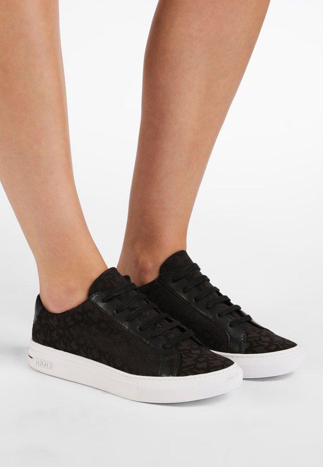 COURT - Baskets basses - black