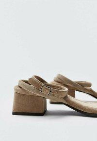 Massimo Dutti - Sandals - brown - 5