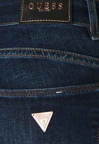 Guess - ULTRA CURVE - Jeans Skinny Fit - another wash - 2