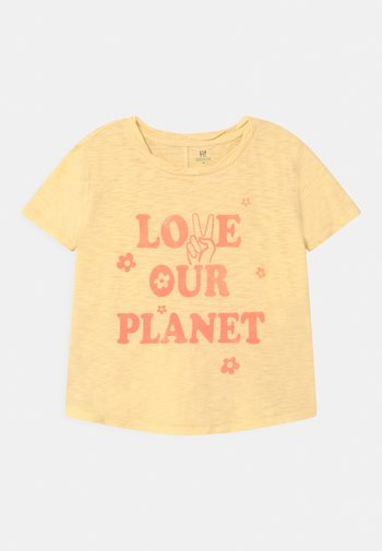 GIRL GREEN LABEL TEE - Print T-shirt - yellow