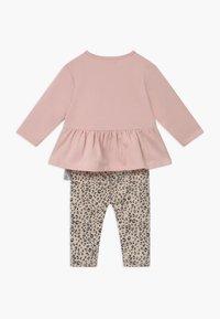 Staccato - SET - Sweatshirt - light pink - 1