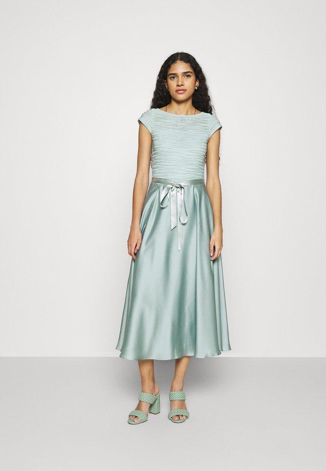 Cocktailkleid/festliches Kleid - pistazie/silver