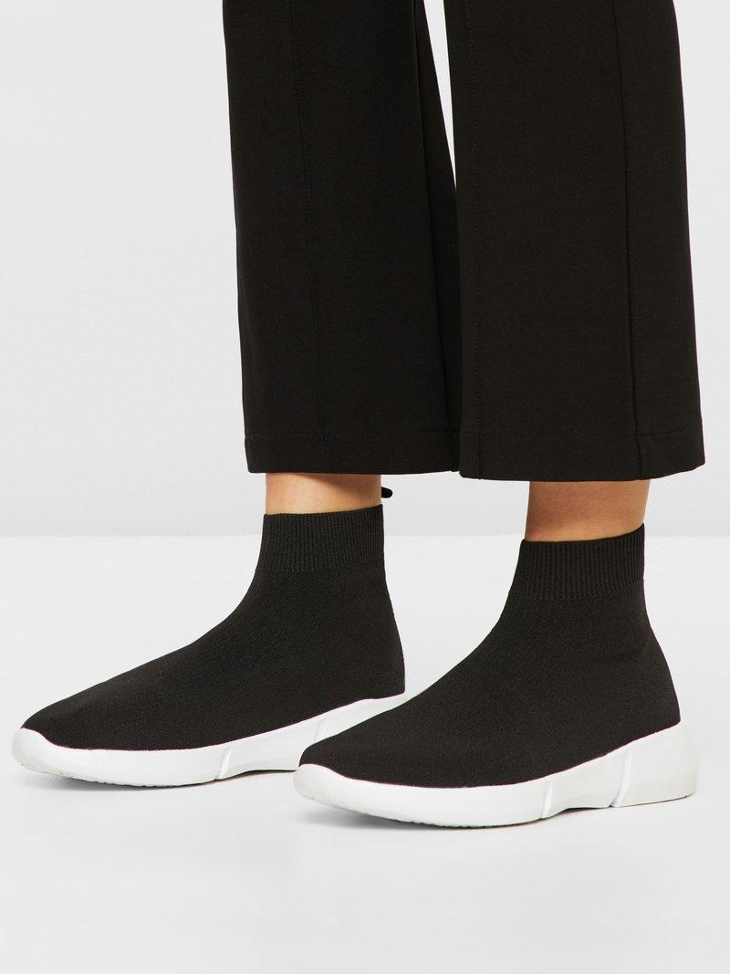 Bianco - BIACASEY  - Høye joggesko - black