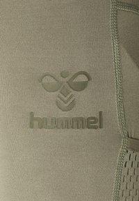 Hummel - CHIPO - Punčochy - vetiver - 6