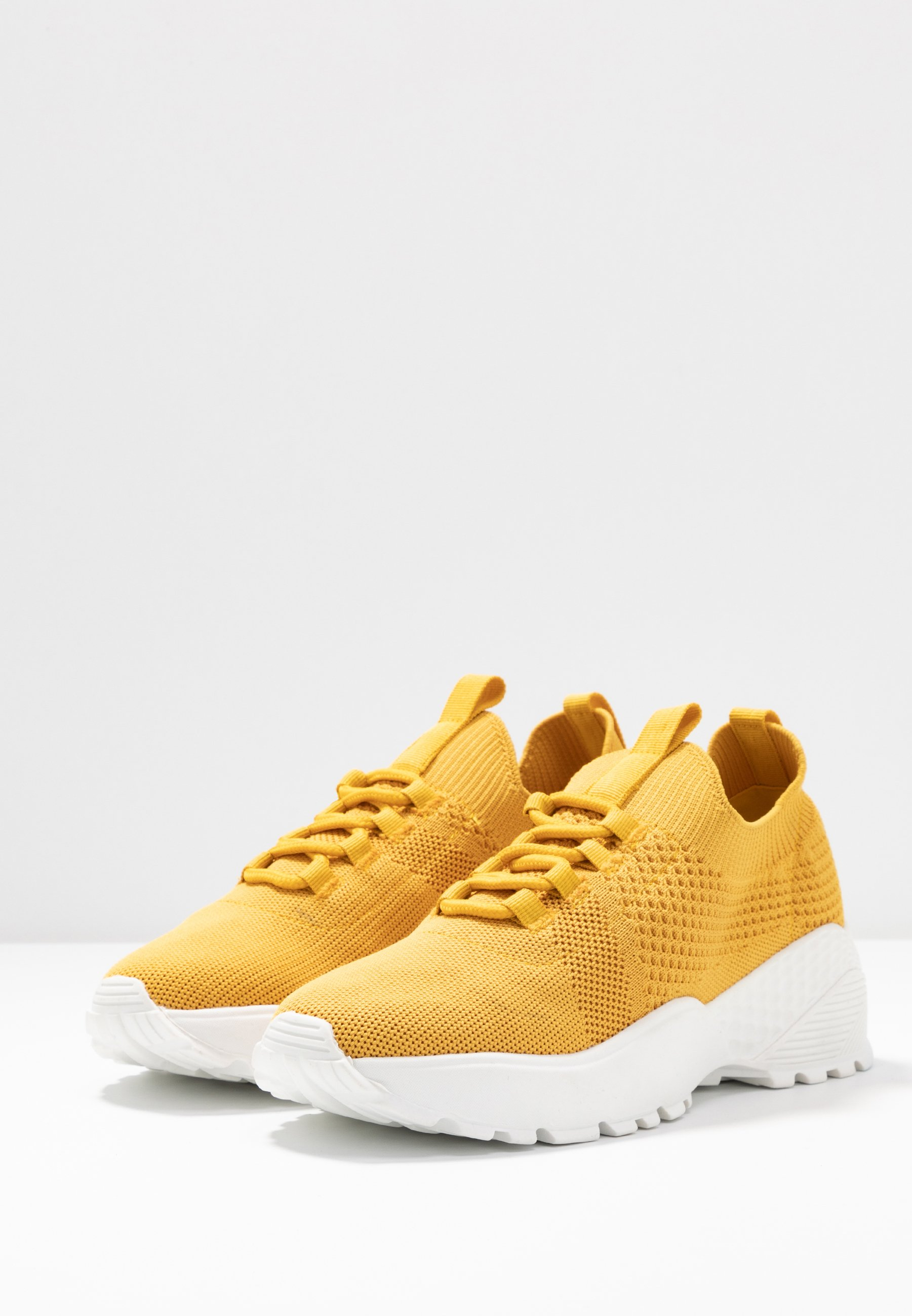 Call it Spring FLASH Joggesko mustard Zalando.no