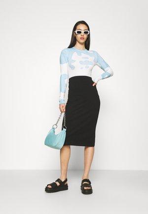 2 PACK - Pencil skirt - black/pink