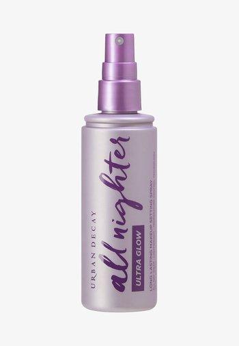 ALL NIGHTER MAKEUP SETTING SPRAY ULTRA GLOW FULLSIZE - Setting spray & powder - ocd september
