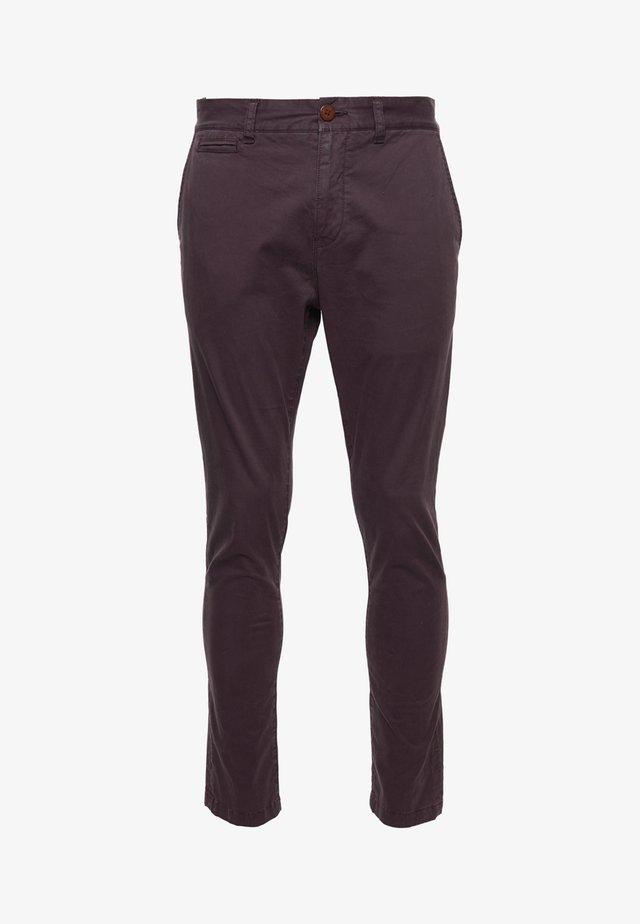 Pantalones chinos - rich deep burgundy