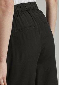 TOM TAILOR - Shorts - deep black - 5
