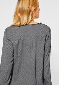 Cecil - BLUSE MIT MINIMAL PRINT - Long sleeved top - black - 2