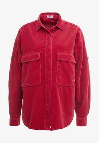 CLOSED - DELLAN - Košile - ruby - 4