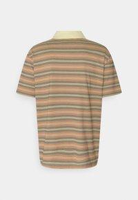 Lacoste LIVE - UNISEX - Polo shirt - briquette/multicolour - 1