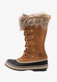 Sorel - JOAN OF ARCTIC - Zimní obuv - camel brown/black - 1